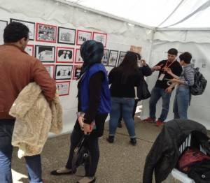 Caricatures in the RLS-tent – Photos: S. Hamdan