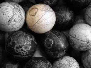 Bild: black and white world von Hans Splinter / Flickr / CC BY-SA 2.0